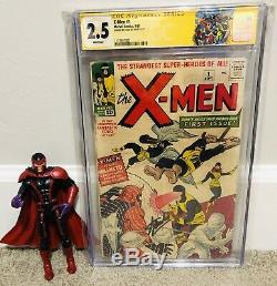 X-Men 1 CGC SS 2.5 White Pages Signed Stan lee
